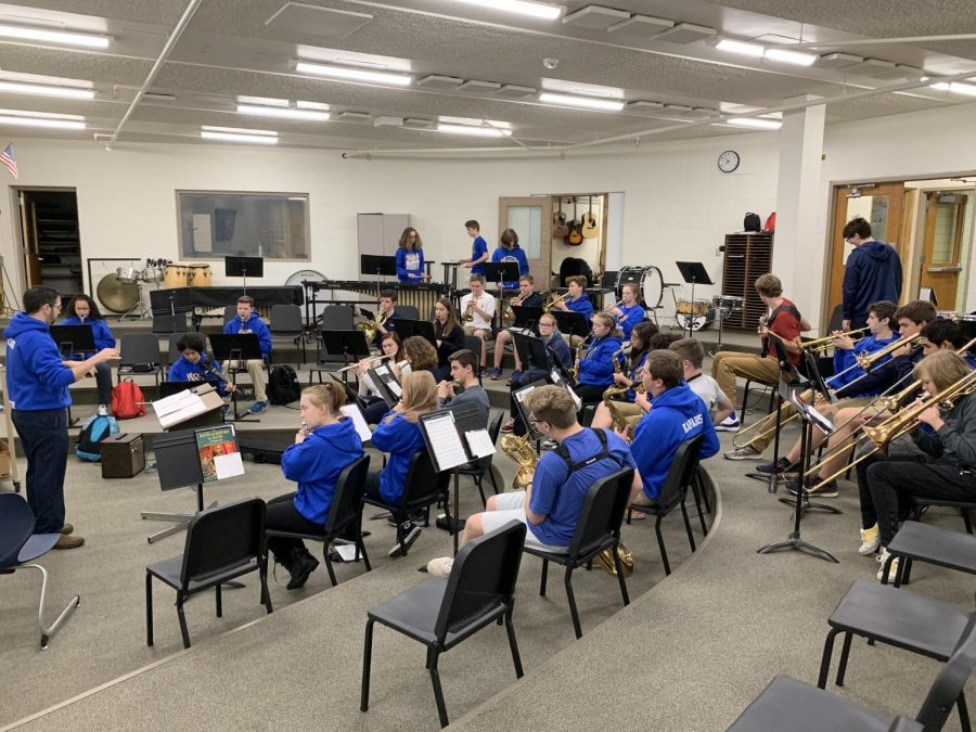 Mr.+Bechard+in+the+middle+of+a+lesson+with+the+band+class.