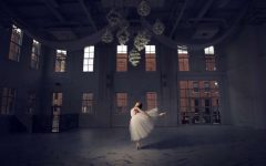 Ava Hoelscher, '22, dances in her spotlight